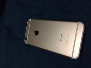 Unlocked Gold iPhone 6S 64GB Kitchener / Waterloo Kitchener Area image 3