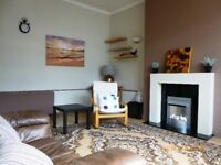 Short Term Let - Light one bedroom flat in the city centre in a listed Art Deco building. (256)