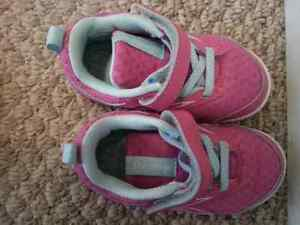 Excellent Quality Girls Shoes Size 5