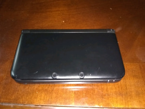 Trading 32gb 3dsXL w/ FreeShop installed for 2DS XL/ New 3DS XL
