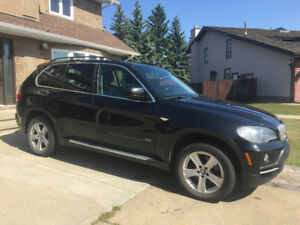 BMW X5 4.8i SUV 7 seats fully loaded