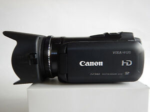 Canon HF-G10 Camcorder *Like New*