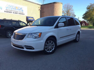 2014 Chrysler Tow and Country Touring - Rear Camera - Rear Air