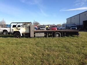 1978 GMC 6500. Parting out.  Windsor Region Ontario image 2