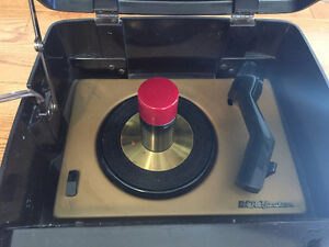 ANTIQUE RCA VICTOR 45-EY3 45 RPM RECORD PLAYER London Ontario image 3