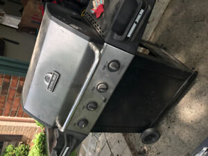 BBQ  Free For Pick up