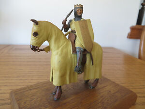 Authentic Metal Miniature - Crusader on Horse