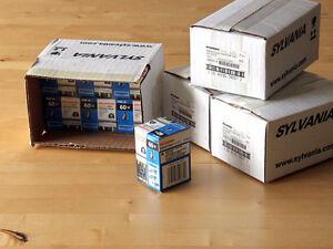 Lot of 25 new Sylvania Halogen Spot PAR16 60W light bulbs