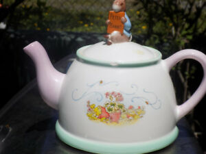 ROYAL DALTON COLLECTIBLE CHINA  $40