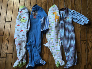 Boys 12m Pajamas/sleepers London Ontario image 1