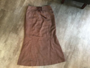 Ladies Skirt from Tergeson's