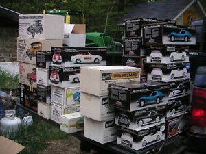 Jim Beam Car Decanters MINT IN BOXES  50+ cars Get One for Dad! Peterborough Peterborough Area image 1