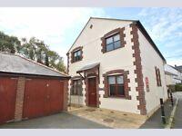 2 bedroom furnished Mews house in St Columb Major short term let.