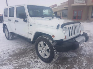 2012 Jeep Sahara Unlmited 4X4/Navigation/Command Start $23,803