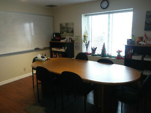 4 Local a Louer/4 Offices for rent-LAVAL
