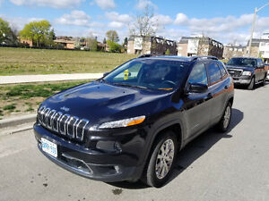 2015 Jeep Cherokee LIMITED***AWD***NAV***DUAL PANEL SUNROOF***