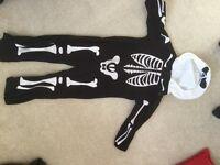 Boys Skeleton onesie age 3-4yrs