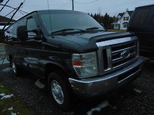 Ford E-350  econoline 2009 diesel