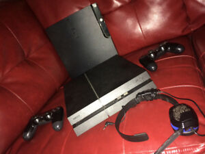 PS4&PS3 bundle or separate With lots more! Great deal