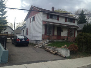 House for rent in Ville St-Laurent, close to Cote Vertu metro