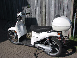 2003 Aprilia Scarabeo Scooter – MINT CONDITION