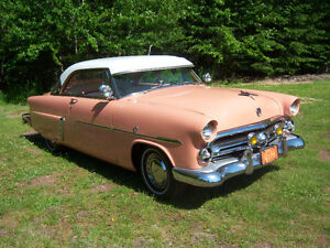 For sale 1952 Ford Two Door Hardtop