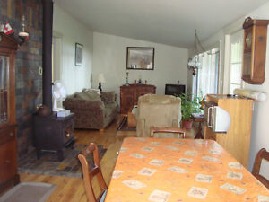 2 Bedroom all year round Cottage for rent, Bobcaygeon