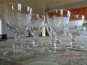 *STUNNING* Gobelet-Style – Set of 16  Wine Glasses *Barely Used* West Island Greater Montréal image 5