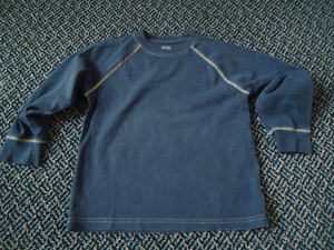 Boys Size 5 Solid Navy Old Navy Long Sleeve T-Shirt Kingston Kingston Area image 1