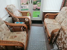 Conservatory sofa and chairs