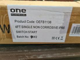 Four x 4ft single non corrosive ip65 strip lights