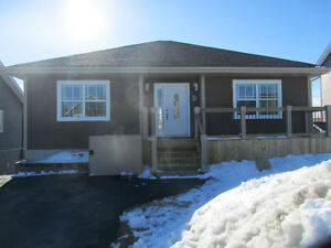 Beautiful 3 Year Old Bungalow in Paradise with Heat Pump!