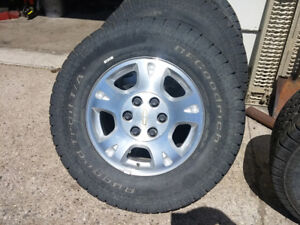 Avalanche alloy wheels with tires - Yorkton