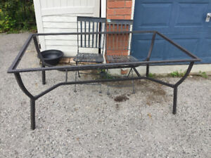 FREE metal chairs and table frame-outdoors