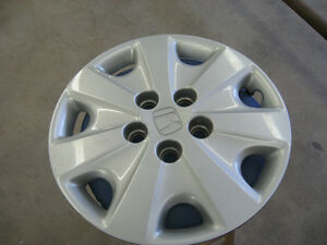HONDA ACCORD WHEEL COVER (one only)