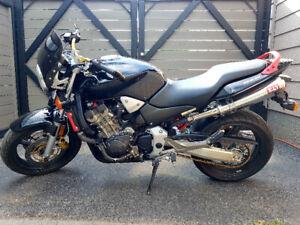 Honda CB900F Street Fighter