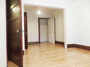Maison plain-pied, 4ch, cours, remise, Rosemont, rue Masson