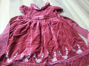 Girl dress - size 4