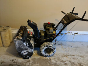 "Snowblower 27"" Murray 10HP"