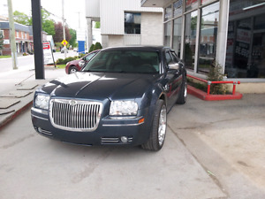 300 touring ** CONDITION SHOW ROOM *******