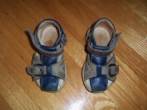 Baby sandals, size 20, 9-20m West Island Greater Montréal image 1