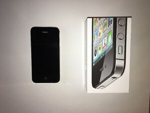 Reduced price for iPhone 4S and accessories