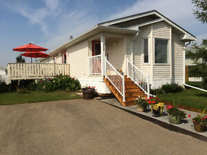 Mobile Home for SALE -READY TO MOVE - MAKE US AN OFFER!