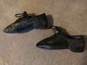 Girls leather dance shoes (jazz) Peterborough Peterborough Area image 2