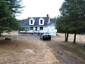 2 BEDROOM HOUSE/COTTAGE LOCATED IN CLAIR