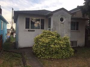 5 bedroom house for sale by owner / 49th Ave & Knight Street