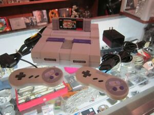 SUPER NINTENDO SYSTEM With 2 Controllers & SUPER MARIO ALL STARS