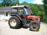 Zetor 7245 4x4 tractor.