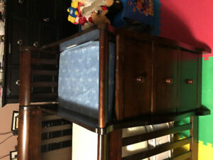Wood convertible crib with drawer and change table