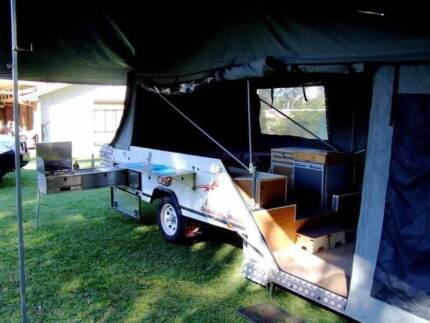 CUB REGAL SPACEMATIC CAMPER TRAILER IN EXCELLENT CONDITION Birkdale Redland Area Preview